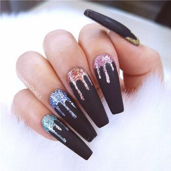 30 Charming Acrylic Winter Nails Colors And Art Ideas